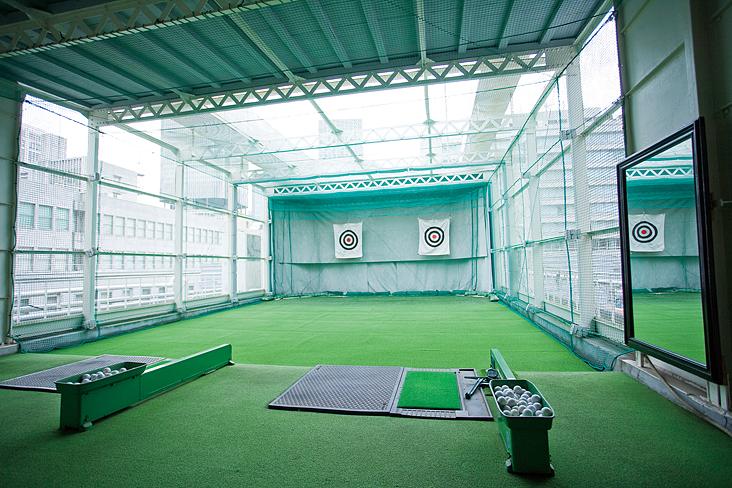屋上 ゴルフ練習場